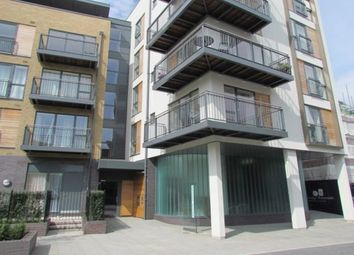 Thumbnail 1 bed flat to rent in Kingsley Walk, Cambridge