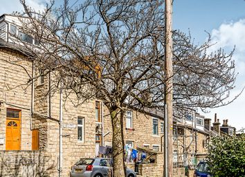 Thumbnail 3 bed flat to rent in Belgrave Road, Keighley