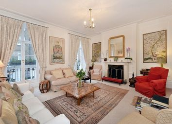 Thumbnail 3 bed property to rent in South Terrace, South Kensington