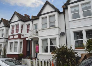 Thumbnail 1 bed flat to rent in Glen Road, Leigh-On-Sea, Essex
