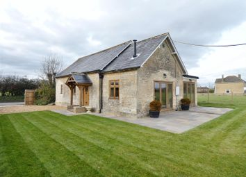 3 bed bungalow for sale in Stockley, Calne SN11
