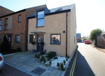Thumbnail 3 bed property for sale in Laxton Close, Southampton