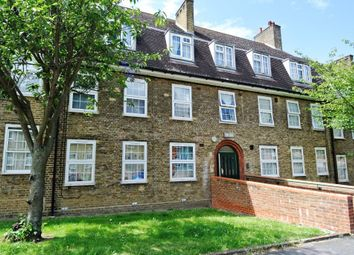 Thumbnail 3 bed flat to rent in Evans Road, London
