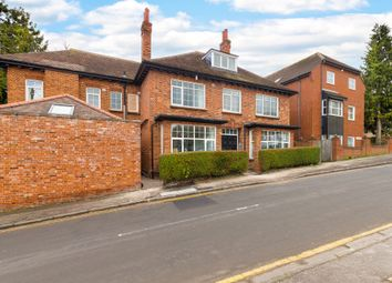 Thumbnail 1 bed flat to rent in The Warren, Royston