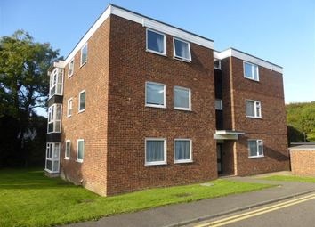 Thumbnail 2 bed flat to rent in Rayleigh Road, Hadleigh, Benfleet