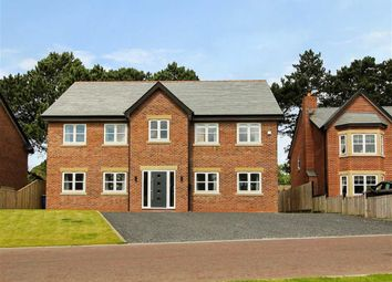 Thumbnail 5 bedroom detached house for sale in Farington Lodge Gardens, Farington, Leyland