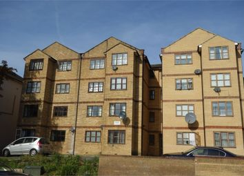 Thumbnail 2 bed flat for sale in Croydon Road, London