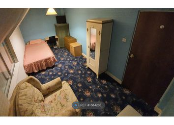 Thumbnail Room to rent in Langwith Lane, York