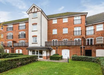 2 bed flat for sale in Woodfield Road, Northgate, Crawley RH10