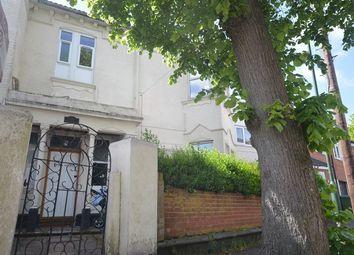 Thumbnail Studio to rent in |Ref:F8|, Denzil Court, Denzil Avenue, Southampton, Hampshire