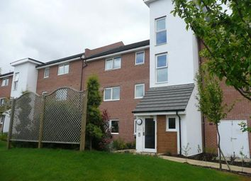 Thumbnail 2 bed flat to rent in Parsons Close, Aldershot