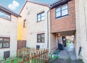 3 bed property for sale in Pirbright Close, Chatham, Kent ME5