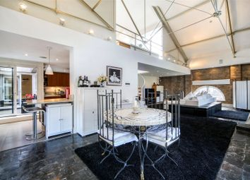Thumbnail 4 bed flat for sale in The Ivory House, East Smithfield, London