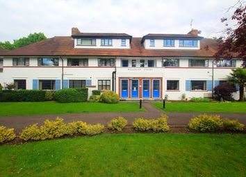 Thumbnail 1 bed flat to rent in Popes Avenue, Twickenham