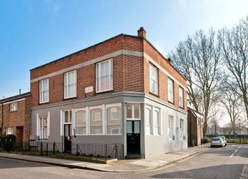 Thumbnail 1 bed flat to rent in Hesketh Place, Holland Park, London