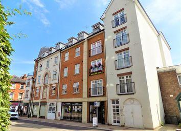 2 bed flat to rent in Grosvenor Road, Aldershot GU11