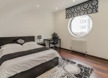 Thumbnail 3 bed flat to rent in Hutchings Wharf 1 Street, London