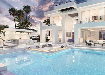 Thumbnail 4 bed chalet for sale in Calle Siroco 29603, Marbella, Málaga
