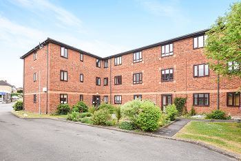 Thumbnail 1 bed flat for sale in Buttons Yard, Warminster
