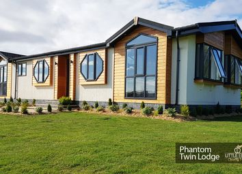 Thumbnail 3 bed mobile/park home for sale in Turkey Lane, Carnaby, Bridlington
