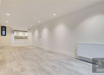 1 bed property to rent in Long Street, London E2