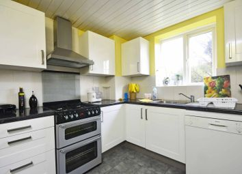 Thumbnail 2 bed flat to rent in Victoria Grove, Friern Barnet