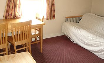 Thumbnail 3 bedroom flat to rent in Clarendon Place, Leeds