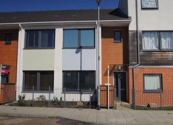 Thumbnail 3 bed property to rent in Cowper Crescent, Colchester