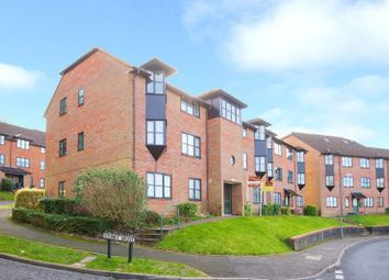 Thumbnail 2 bed flat to rent in Cameron Road, Chesham