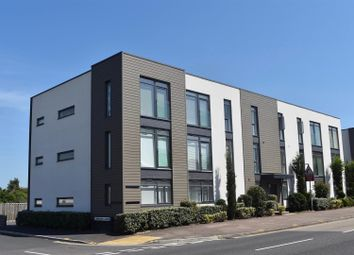 2 bed flat for sale in Cunningham Court, Taunton TA1