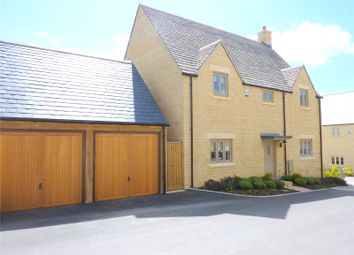 Ovens Close, Cirencester, Gloucestershire GL7. 4 bed detached house