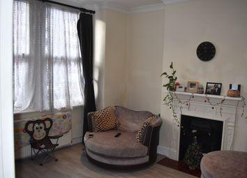 2 bed maisonette to rent in Herga Road, Wealdstone HA3