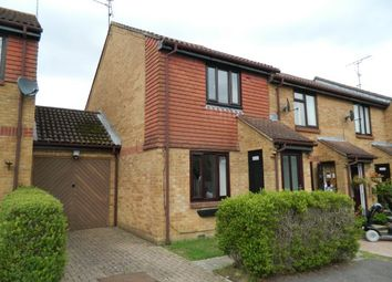 Thumbnail 2 bed property to rent in Tanyard Close, Horsham