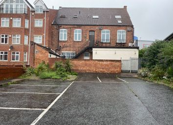 3 bed flat to rent in Lichfield Road, Aston, Birmingham B6