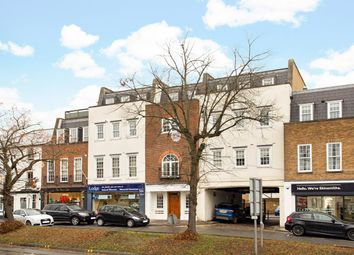 2 bed flat to rent in High Street, Esher KT10