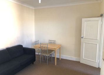 1 bed flat to rent in Claremont Street, London N18