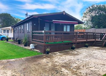 3 bed mobile/park home for sale in Vinnetrow Road, Runcton, Chichester PO20