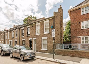 3 bed terraced house for sale in Petergate, London SW11
