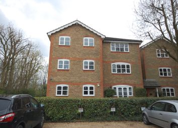 Thumbnail 2 bedroom flat to rent in Foxlands Close, Watford