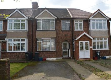 4 bed terraced house to rent in Fern Lane, Hounslow, Middlesex TW5