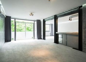 Thumbnail 2 Bed Flat To Rent In Kensington Park Road London