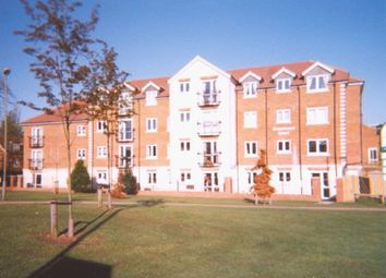 Greenwood Court, Epsom KT18. 1 bed flat