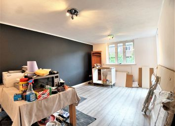 Thumbnail 1 bedroom flat to rent in Coopers Lane, London