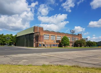 Thumbnail Warehouse to let in Leeds East Airport, Tadcaster
