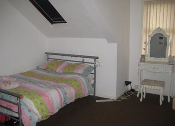 Thumbnail 4 bedroom property to rent in Hessle View, Hyde Park, Leeds