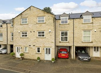 Thumbnail 4 bed town house for sale in 10 Hollingwood Park, Ilkley, West Yorkshire
