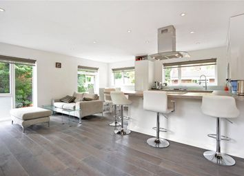 Thumbnail 2 bed maisonette to rent in Great Brownings, Dulwich, London