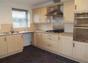 Thumbnail 4 bed detached house to rent in The Oval, Wakefield