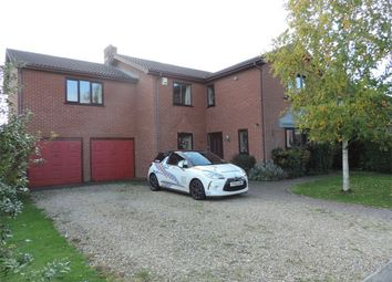 Thumbnail 5 bed detached house to rent in Hazelwood Drive, Bourne, Lincolnshire