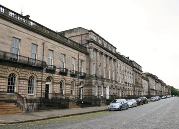 Thumbnail 1 bed flat for sale in 38/3 Royal Terrace, New Town, Edinburgh